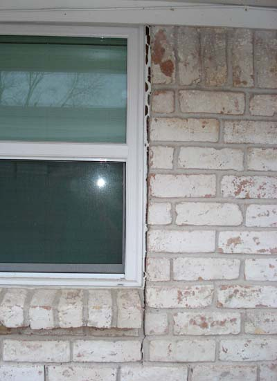 exterior brick cracks require foundation repair in Dallas